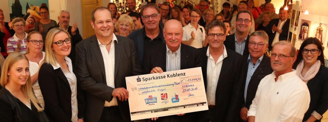 Gülser-Husaren-Scheckübergabe_W